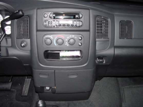 Dash on 2003 Dodge Ram Head Unit