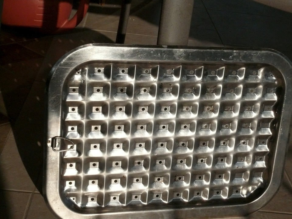 GE Nautilus dishwasher leaves sandy-looking gunk on dishes - The
